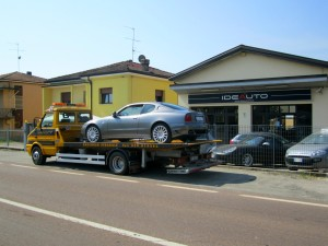 Soccorso stradale a Modena H24. Sede Idea Auto con carroattrezzi e Maserati